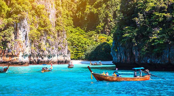 Search hotels in Phuket