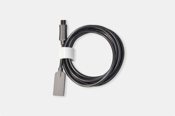 plugies-stainless-steel-usb-cables