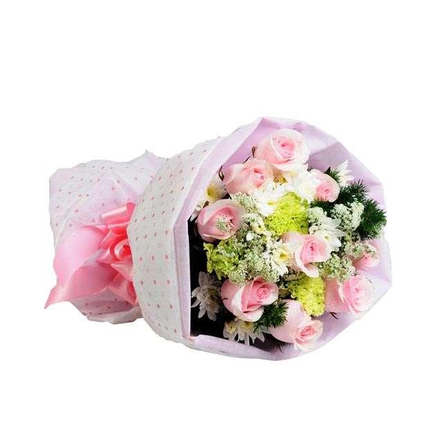 5 Handy DIY Tips for Exquisite Hand Bouquet