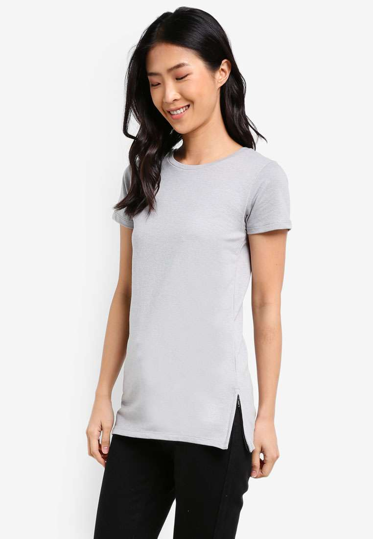 Semi Fit Tee With Zipper Details