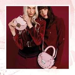 It's back, our favourite @SALAR_milano Mini Mimi for #MyBagSS18 👛.Shop the new collection with the #linkinbio ✨.....#mybag #handbag #designerfashion #fashion #fblogger #fashionbloggers #style #shestyles #lookbook #flashesofdelight #newyearnewbag #MyBagxTanya #TanyaKancheva #IWearMyBag #WishItWasMyBag #MyBagSS18