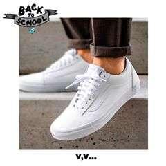 Vans Old Skool white 💎 Compralas en nuestras sucursales, antes de que se agoten🤩 #vanswhite #vans #vasnoldskool #backtoschool #vueltaalcole #regresoaclases #sneakers #offthewall #veranovenividi