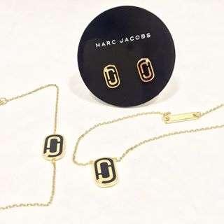 Vi har en rekke flotte smykker fra Marc Jacobs 👌...........#tønnesen#tønnesensko#tonnesen1937#marcjacobs#marcjacobsjewelry#smykke#øredobber#armbånd#julegave#gavetips