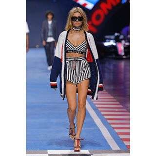 These breezy co-ords are an easy way to show your speed stripes around the clock #TOMMYNOW #MFW @haileybaldwin