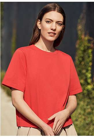 Shop Women's Cropped T-shirts