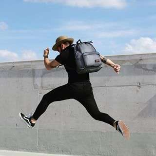Jumping into the weekend like ðŸƒ. Picture by @sezooblanco wearing our 'Padded Pak'r Black Mesh'.#eastpak #backpack #jumpforjoy #weekend #handsfreeliving