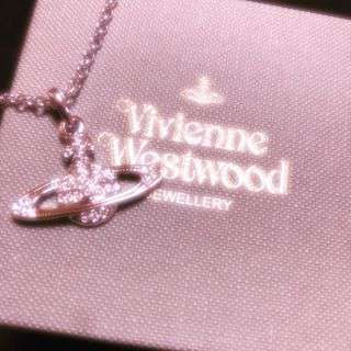 #viviennewestwood #birthday #present #necklace #thank #you #🚀💫 #3.4