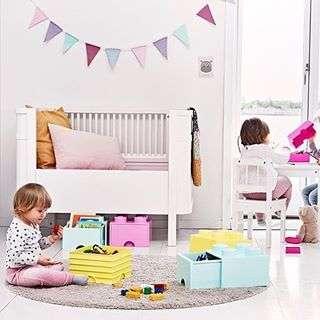 """Estas caixas Lego são o máximo para guardar todos os pequenos """"tesouros†dos mais pequenos! Disponíveis em diferentes cores e tamanhos no @bazar33store #bazar33store #makinglifehappier #baby #kids #babyroom #kidsroom #storage #storagebox #lego #legostorage #legobricks #legobrickslovers #legolovers #legofans #onlineshopping"""
