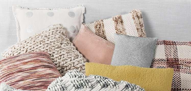 Safavieh Pillows & Decor