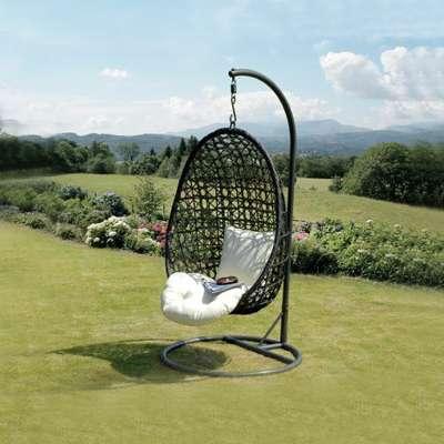 outdoorswings.jpg?w=300&fm=jpg&q=80