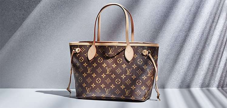 Vintage Totes With the Louis Vuitton Neverfull