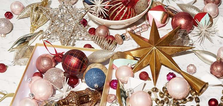 Holiday Ornaments & Toppers