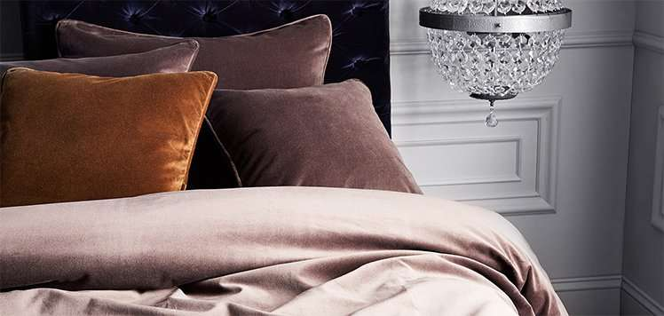 Trending at Home: Velvet Bedding & More