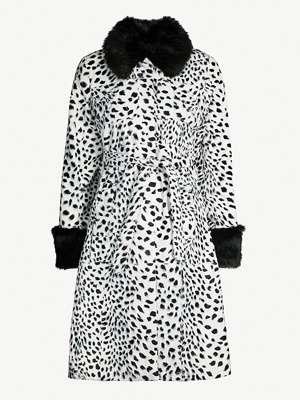 Faux furs & shearlings