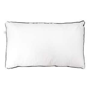 Bedding-by-HipVan--LUXE-Pillow-7.png?w=300&fm=jpg&q=80?fm=jpg&q=85&w=300