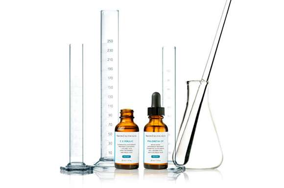 CLAIM YOUR FREE SKINCEUTICALS GIFT