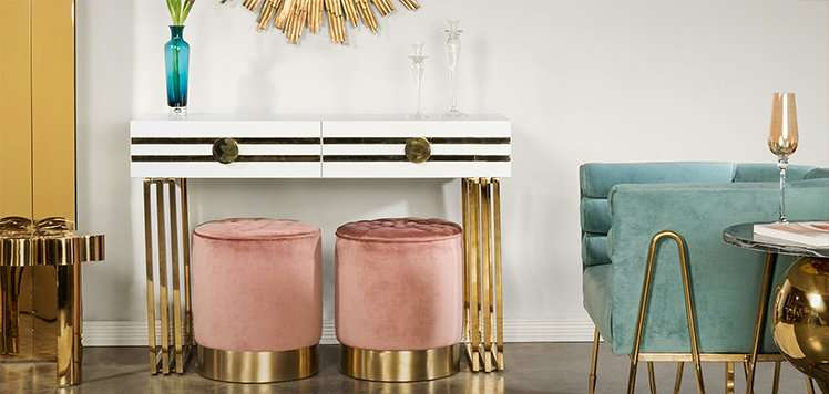 Glam Sofas & More With Statements by J