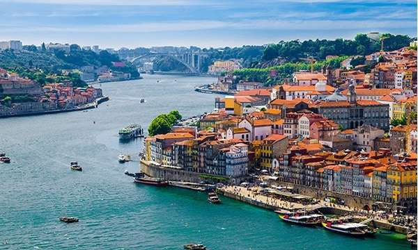 Fly 4 times weekly to Porto